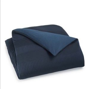 Calvin Klein King Duvet Cover. Navy